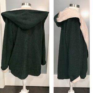 Aluna Levi Jackets & Coats - Plush Hoodie Emerald & Tan Faux Sherpa Jacket